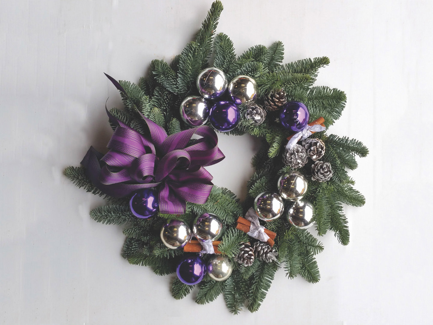 Wholesale Christmas Wreaths